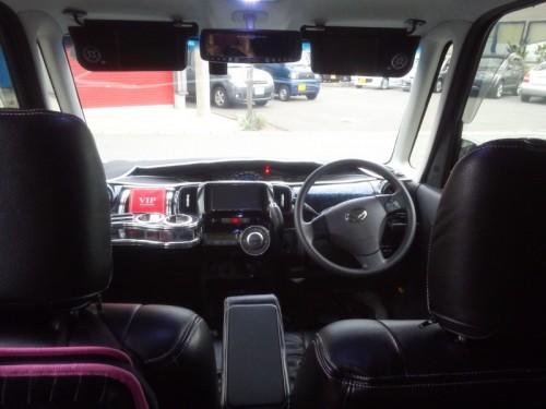 タントカスタムの運転席&助手席